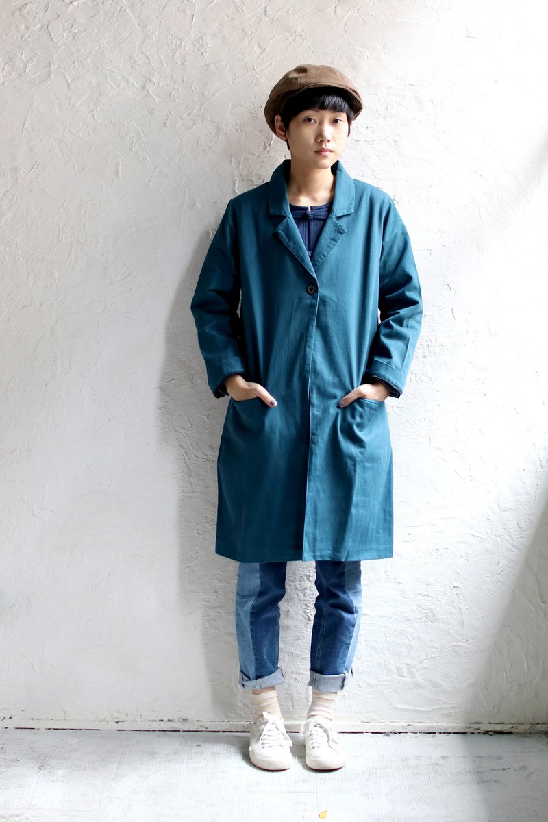 Omake button coat / blue
