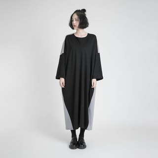 2018 early autumn new product / Imprint imprint contrast color dress _8AF101_ black / gray