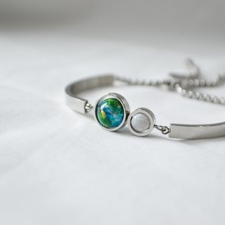 earth moon silver bangle