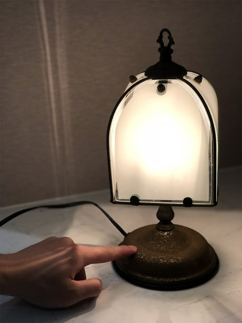 Made in Europe Touch Lamp