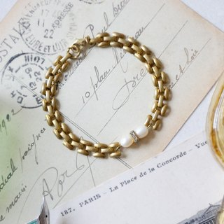 Pursuit of Refining -  Pearls Brass Bracelet