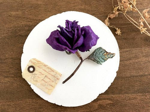 Old rose, Corsage (Purple)