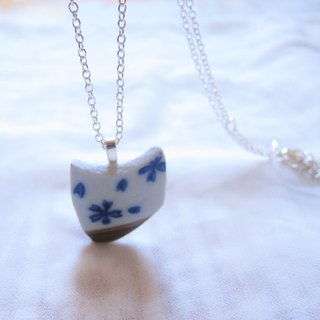 Glass fragments Necklace - Crescent // 2nd use ornaments / ceramic ornaments / fragmentation marks / blue and white ceramic necklace