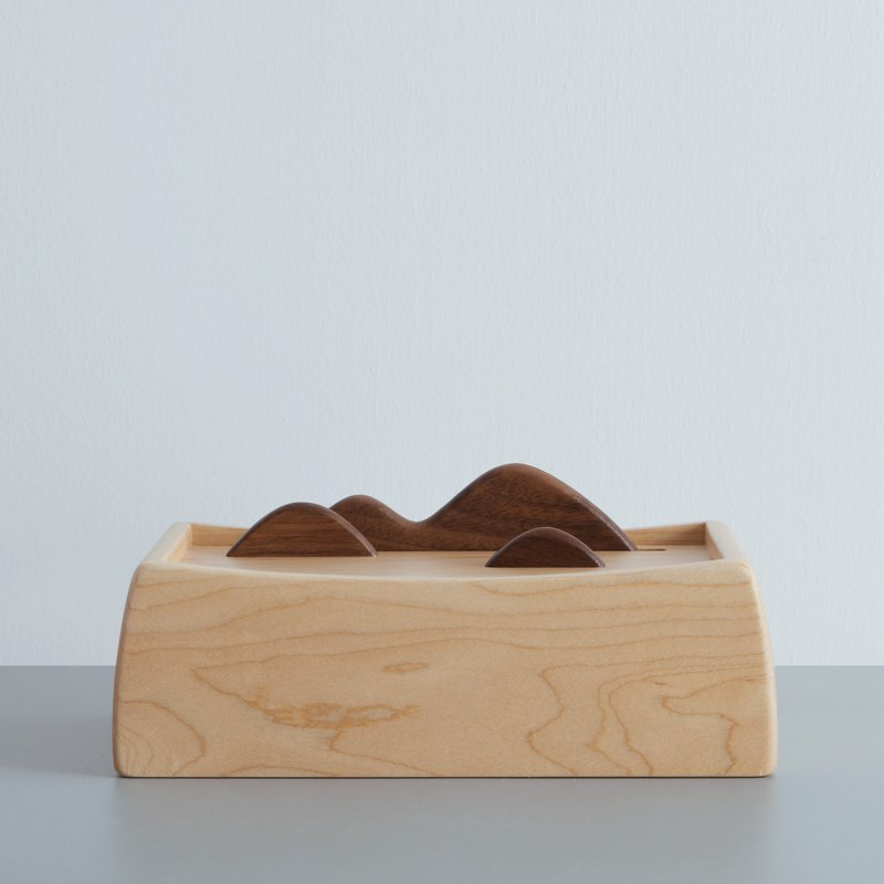 Fade Wooden Napkin Box (Maple)