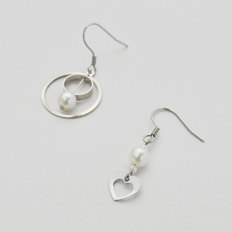 Tanabata Valentine's Day Series 06-Love Simple Wind Asymmetric Short Earrings/Ear clips