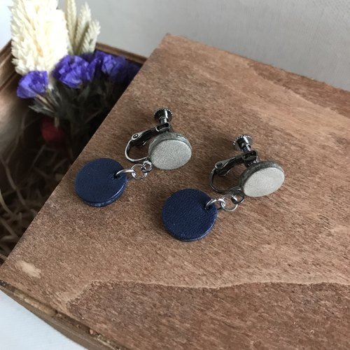 Leather earrings_ear clip type_小圆2# _ grey and dark blue