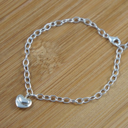 [If the child] containing the water to be put duck feet sterling silver love bracelet