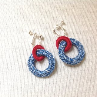 Boucles d'oreilles deux ronds red × blue tweed