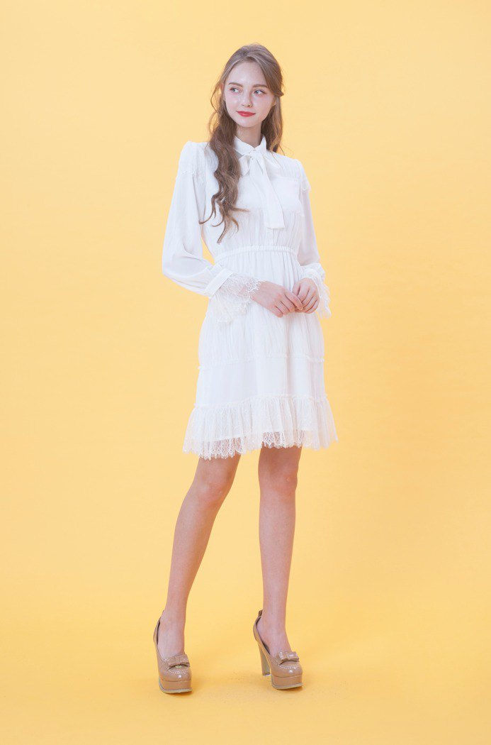 KB dot network chiffon dress 823F343