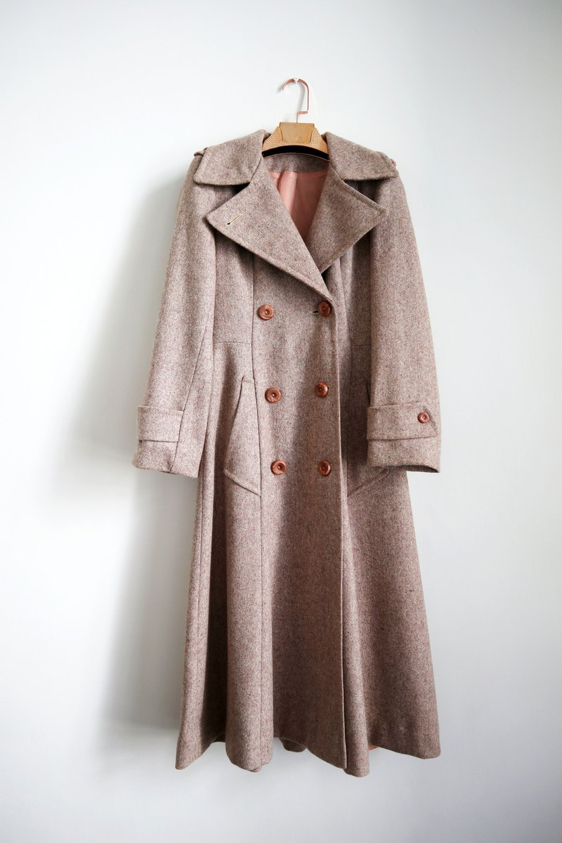 Pumpkin Vintage. Antique Lapel Double Breasted Wool Coat Coat