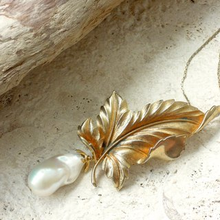 Antique gold leaf with baroque pearl long necklace