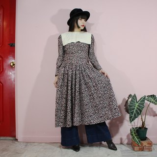 [Vintage dress] black floral unique large square neckline before and after the design of large wave skirt long-sleeved American vintage dress
