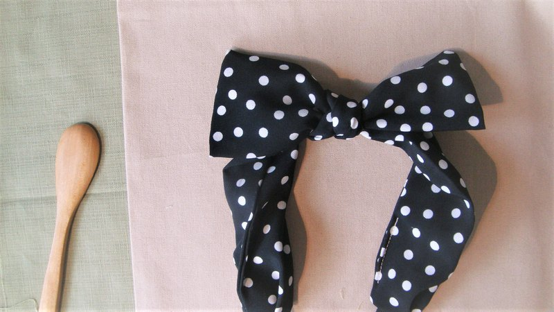 Something Classic l limited l bow tie tied tie hair band