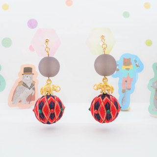 Circus tachibanaya circus group earrings elephant doing a riding Japanese TEMARI Red