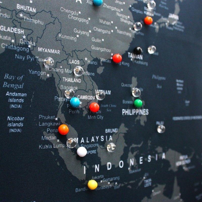 world map pins push pins colorful pins ball pins デザイナー