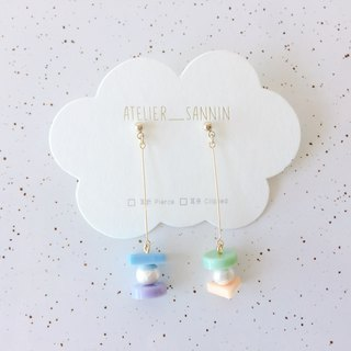 Candy Macaron Series - Vanilla Cream Macaron Dangle Handmade Earrings Ear Pins / Ear Clips