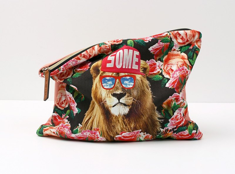 STILL AND CHEW Natural Cotton Handbag - A SOME LION