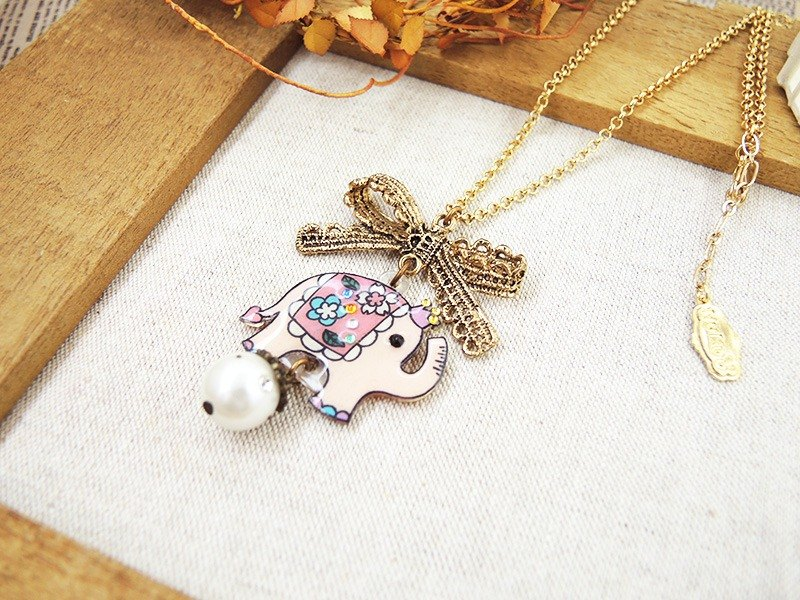 § HUKUROU § stereo lace bow elephant necklace