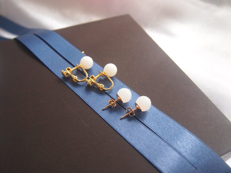 Breast milk pearl earrings