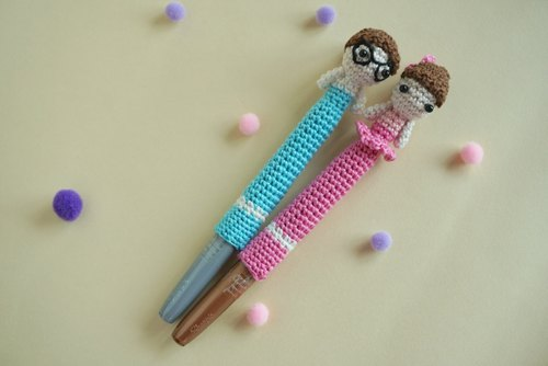 Wedding Decoration – Signing pen with western wedding dolls