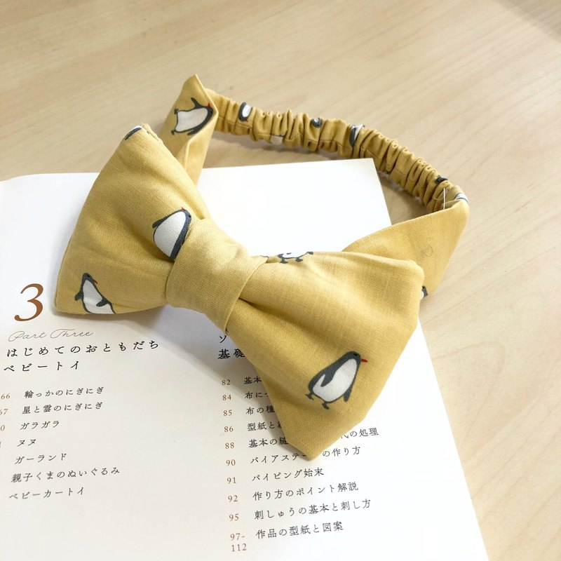 Canarian penguin hand made three-dimensional bow baby hair band Mi Yue gift box