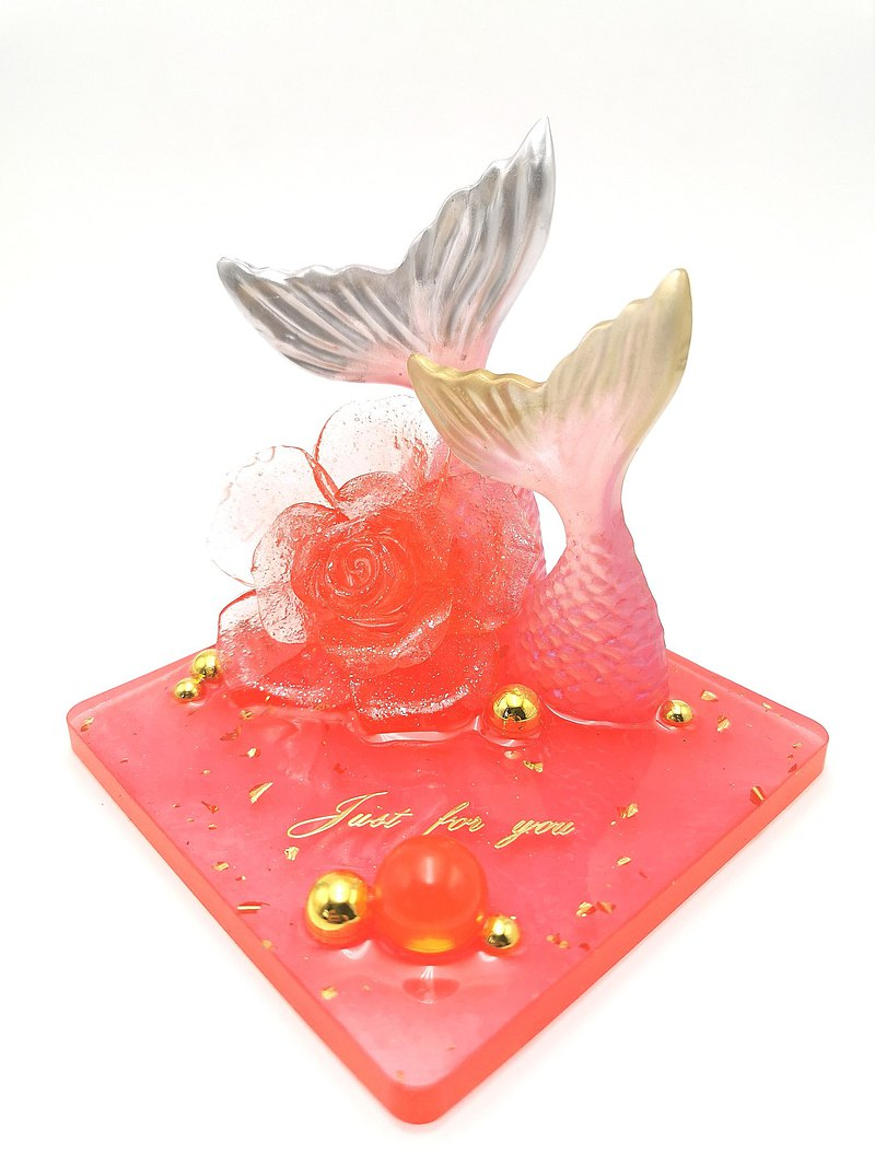 Daily good things double fish tail with rose elegant bright red hand-made resin mobile phone holder set