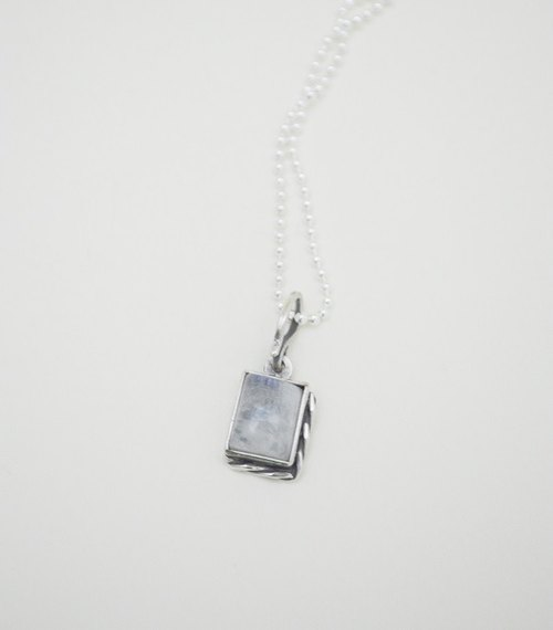 Section‧Square Moonstone‧Silver Necklace‧I
