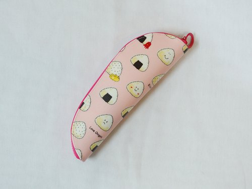 Play cloth hand made. Triangle rice ball (pink) Carrying cutlery bag (guest size version)