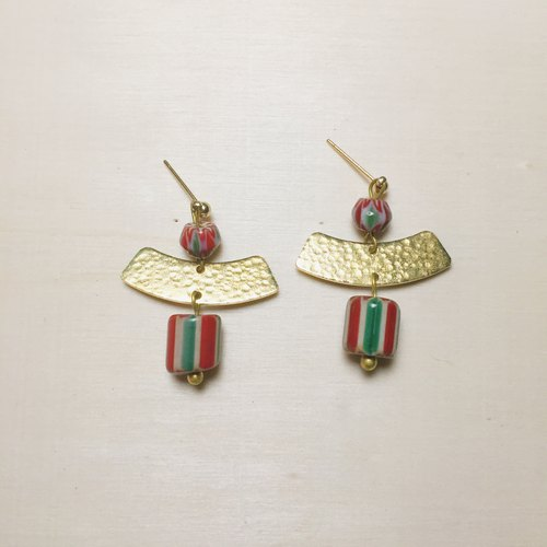 Japanese red and green antique beads earrings
