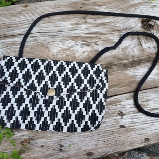 AMIN'S SHINY WORLD handmade custom diamond black and white seagull hit the color fabric cover buckle BAG