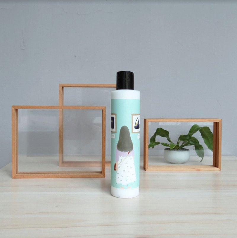 SLL Shea Butter Fragrance Body Milk / Scent: Camellia / Charming12 / Art spirit