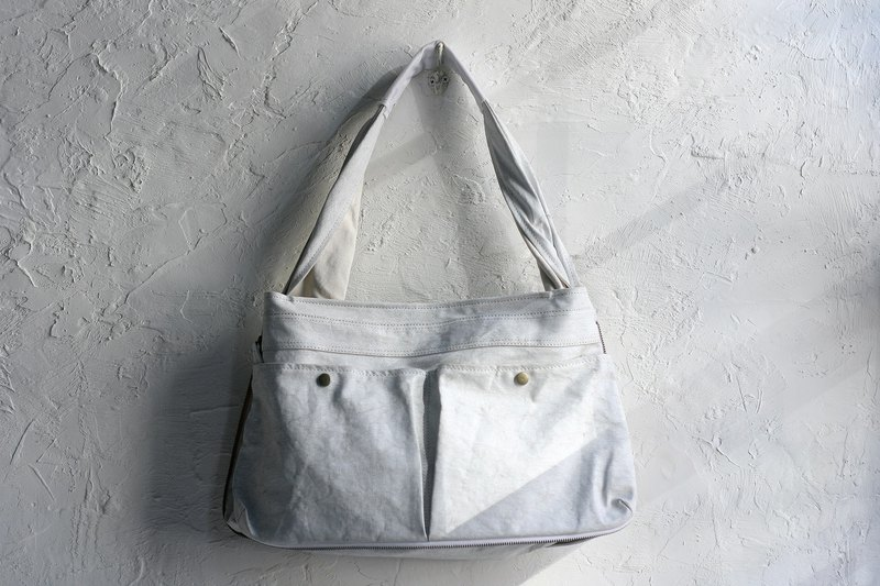 CHEEZ CHEEZ Canvas 鞄Avi bag_Triangle