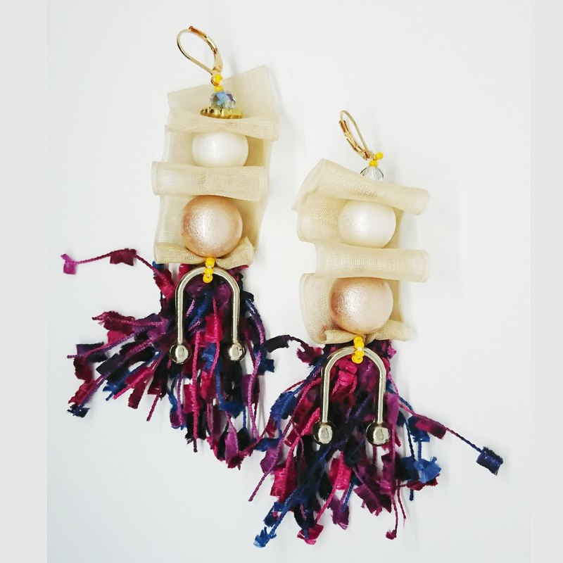 Part of Mermaid's world - racing <rice peach> (pearl + tassel) ear acupuncture earrings