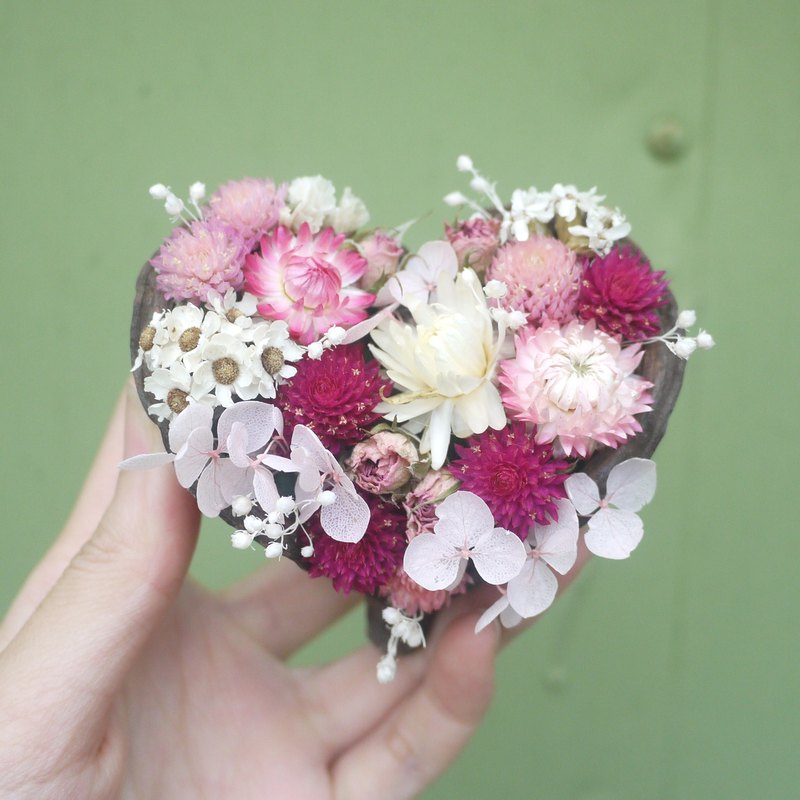 To be continued | Only you know my heart love dried flowers potted small decorative objects defined Valentine
