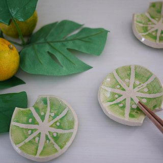 Fruit chopstick rest [Lime] / cutlery rest of fruits [lime]