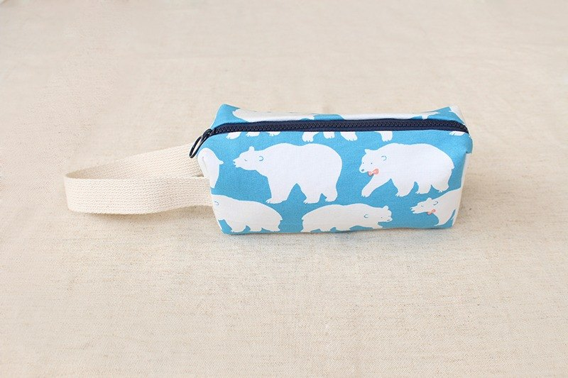 Polar bear portable pencil bag / storage bag universal bag pencil case
