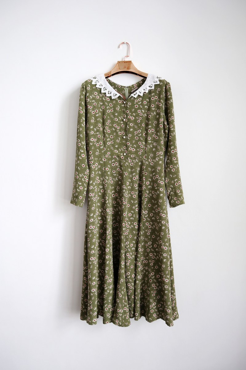 Pumpkin Vintage. Vintage carved collar printing dress