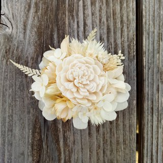 With real flowers | | fine snow dry flower hairpin dry flowers hand made wedding outside shot