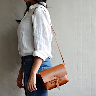 【Caramel of the old door bolt】 planted tanned leather side backpack caramel leather shoulder bag backpack bag shopping bag bag Valentine's Day gift