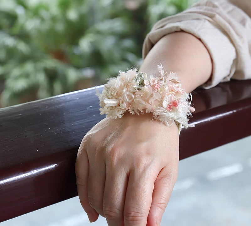 My Joy Hydrangea Floral Romantic Bracelet Banquet Wedding Birthday Accessories Bracelet Wrist Flower