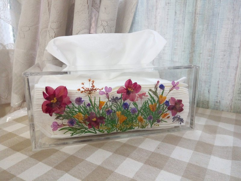 Handmade tissue box with pressed flowers