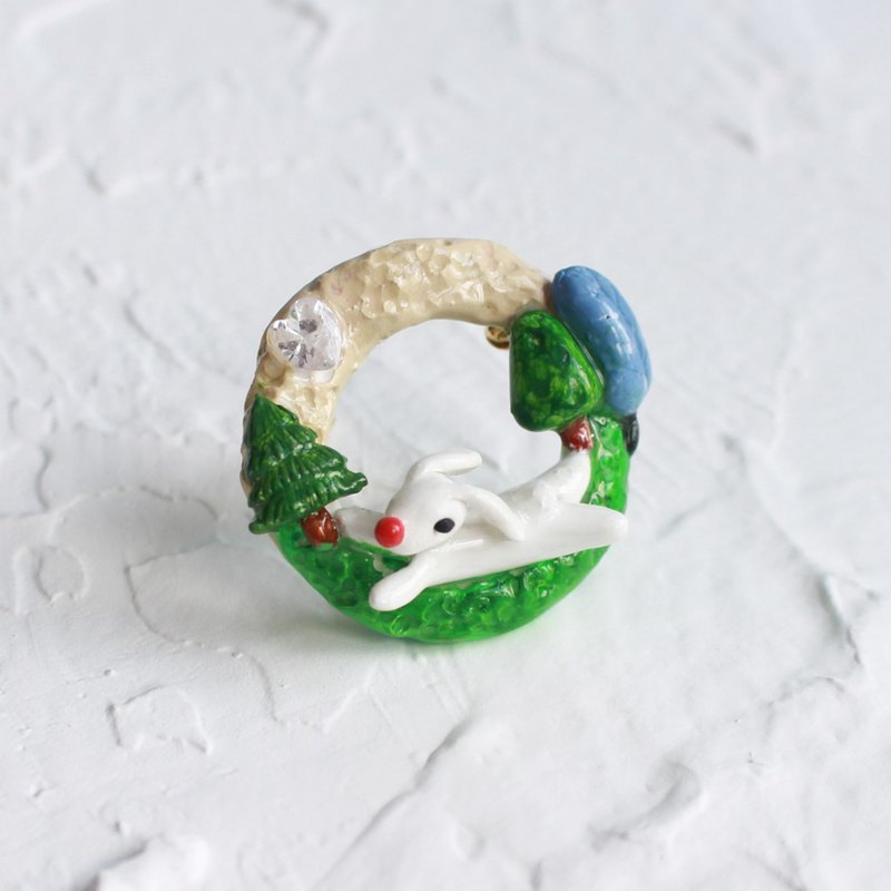 Rabbit Handmade Brooch I Story_Rabbit stole diamond