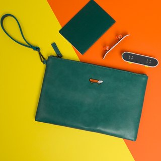 KIITOS moment series flat leather clutch - skateboard paragraph