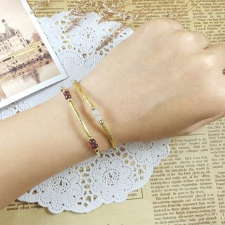 Simple light _ bracelet // garnet / ramen stone two