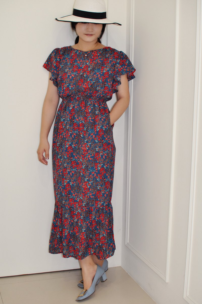 Flat 135 X Taiwan designer series wave sleeve dress blue green red small flower cloth