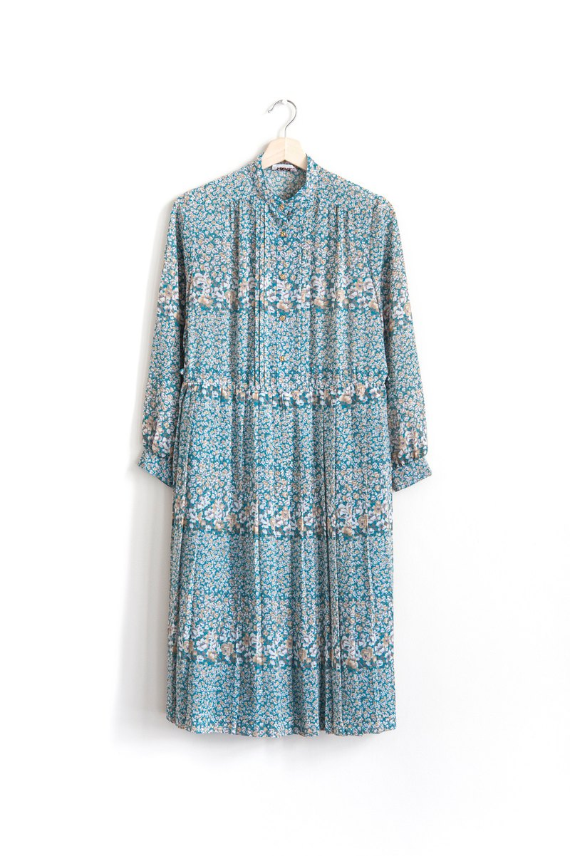 Vintage Lake Water Garden Vintage Long Sleeve Dress