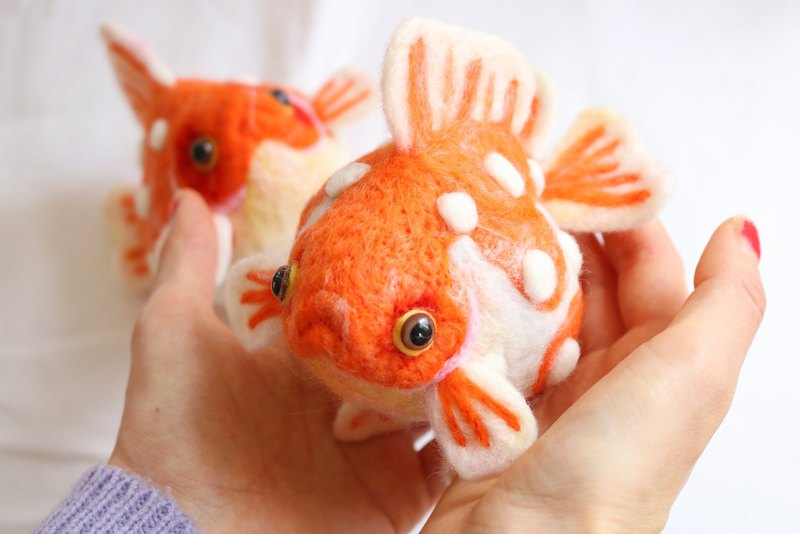 Needle felted goldfish Big Ping pong pearl  fish aquarium Japan Christmas