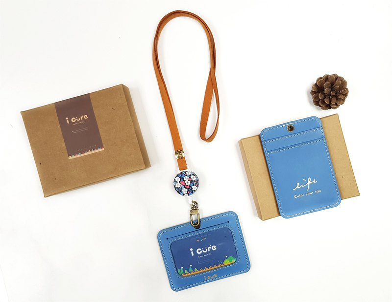 Easy sapphire leather flexure ID kit / ticket holder / key ring