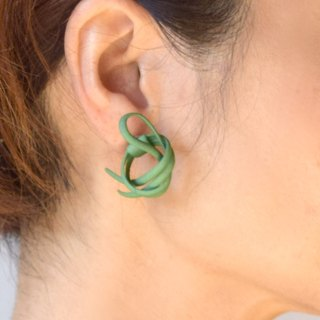 Twine green earrings