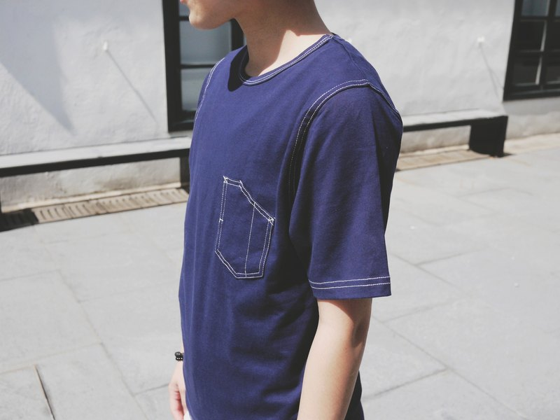 Crew Neck Tee with contrast stitches details/tshirt/indigo/cotton